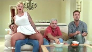 Virgin opens up her pussy for studs pleasure